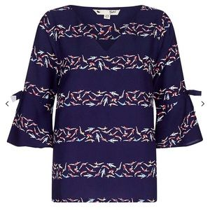 Yumi brand blouse top size 6 navy NEW swimmer